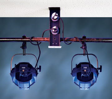 Retractable Lighting Position. Low Res Image 72RGB